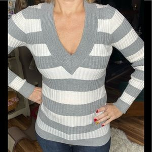 Energie Fitted Gray & White Stripe V-Neck Sweater